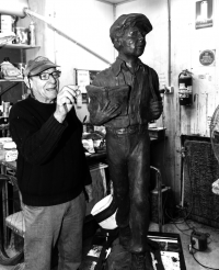 Alan Somerville moulding his original sculpture of James Martin in plasticine